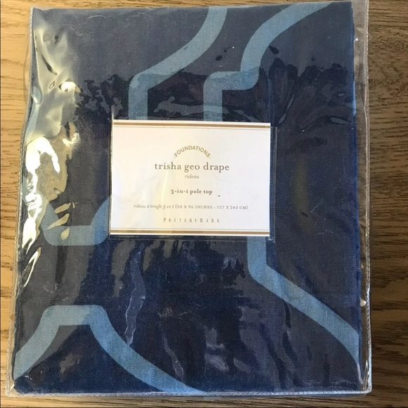 Pottery Barn set of 2 drapes curtains NWT